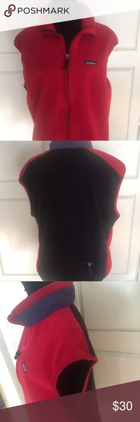 Men's Patagonia fleece vest awesome condition Perfect condition Patagonia fleece vest.  Back zipper pocket, fully lined, so toasty warm!  Patagonia quality and style speaks volumes.  Will last for a lifetime. Patagonia Jackets & Coats Vests