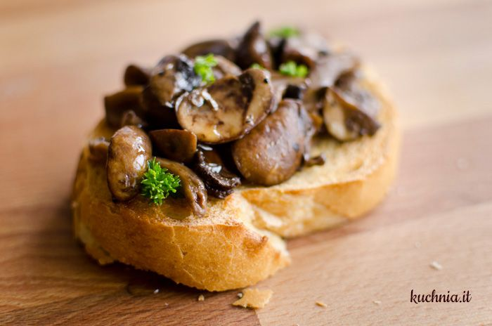 Bruschetta z grzybami