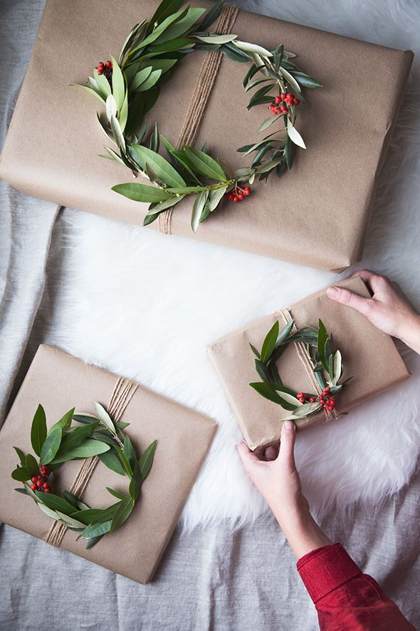 Making Wreath Gift Toppers