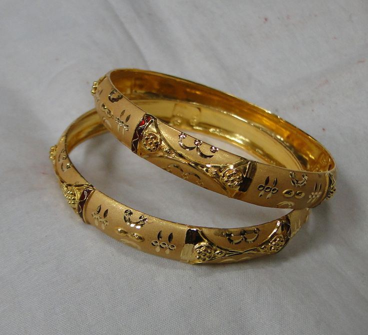Gold bangle 22 k solid gold bangle bracelet pair jewelry 11844 - www.tribalexport.com
