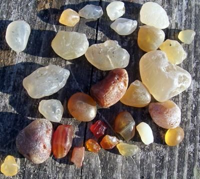 Agates Found Today: Agates are an additional find when looking for sea glass in this area of Washington, USA.   I know that in Oregon and also other places, Im sure, there