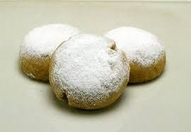 A Jersey Girl : Polvorones- Ball Almond Cookies From Puerto Rico