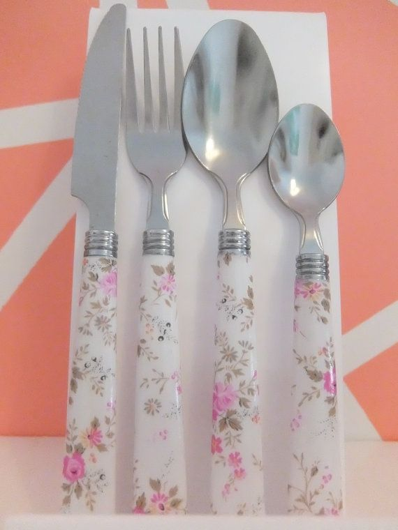 Totally unique cutlery handmade using special decoupage paper and varnished for everyday use. Perk up your dining table with a choice of bold and vintage inspired prints from the bestselling leopard print to vintage florals and on-trend scarf print. This listing is for a pretty white and pink floral print.  Each set includes; one knife, one fork, one spoon & one tea spoon. You can increase the quantity of sets you would like to buy when adding to cart, postage discount will be applied aut...