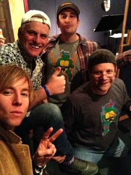 Greg Cipes=Mikey Rob Paulsen= Donnie Jason Biggs=Leo Sean Astin= Raph LOVE THESE VOICES!!!!