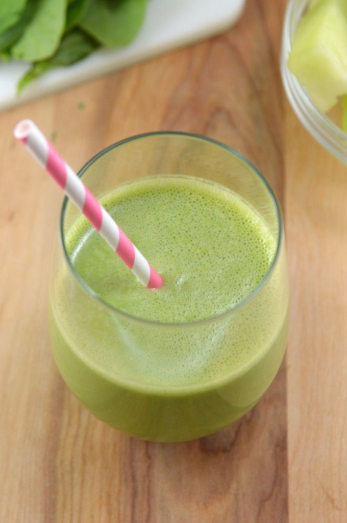 Honey Dew Green Monster Smoothie 3/4 cups cubed honey dew 2 cups spinach 1/2 cup unsweetened vanilla almond milk 1/2 cup nonfat plain dairy free yogurt (or nonfat plain greek yogurt) 1 frozen banana (an unfrozen one will work too) 1/2 cup ice
