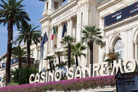 La sfarsitul zilei 2, la mesele EPT din Casino Sanremo au mai ramas 162 din cei 797 jucatori inregistrati.   Chip lider-ul, norvegianul Inge Forsmo, are 600.000 de jetoane si motive pentru a zambi.