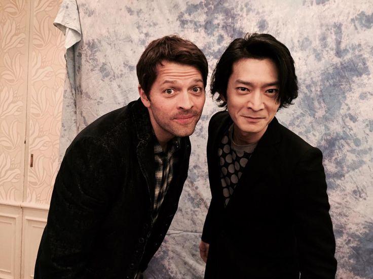 ディーンだ!東地さんありがとうございます! RT @hirokitouchi: ありゃりゃ、すごいね! RT @tsuda_ken: ドラマ「スーパーナチュラル」で吹き替えさせて頂いてるカスティエル役のミーシャ・コリンズさんと御