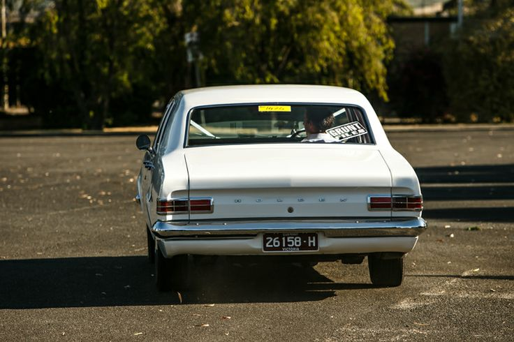 An old Holden as a wedding car. Image by Dave (Danae Photography)