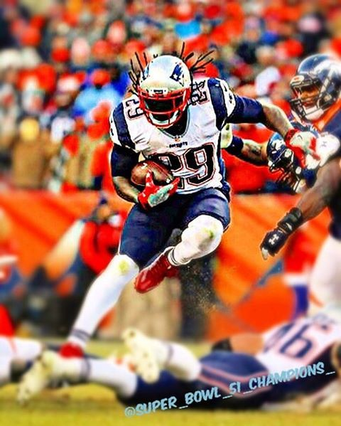 If @l_blount29 is not a New England Patriot anymore (which by the way it looks like he is not returning), I wish him all the best UNLESS he goes to play for the New York Giants.... #patriots #blitzforsix #patsnation