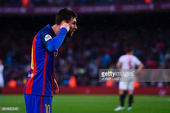 News Photo : Barcelona's Argentinian forward Lionel Messi...