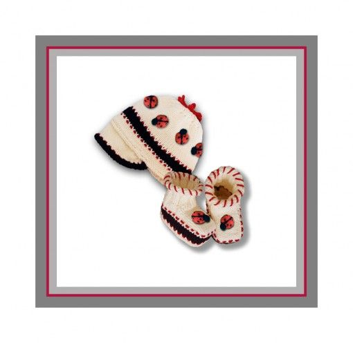 Ladybug Baby Cap and Booties pattern found at www.tbeecosy.com