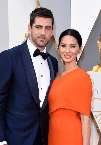 Aaron Rodgers Photos - 88th Annual Academy Awards - Red Carpet Pictures - Zimbio