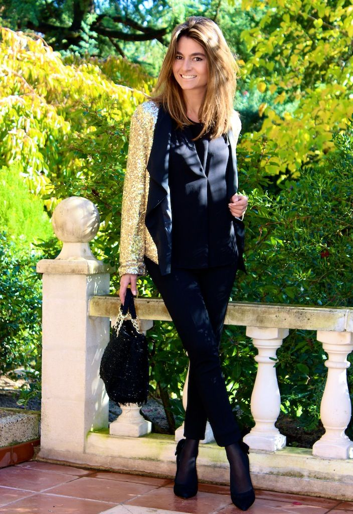 Fashion and Style Blog / Blog de Moda . Post: Sequins / Lentejuelas .More pictures on/ Más fotos en : http://www.ohmylooks.com/?p=25314 .Llevo/I wear: Jacket/Chaqueta : Sheinside ; Bag / Bolso : purificación García ; Shoes/Zapatos : Menbur