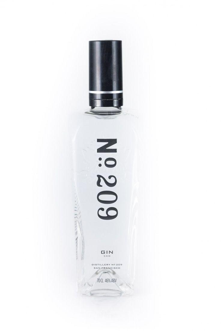 Name: No. 209 Gin San Francisco Verkehrsbezeichnung: Gin Alkoholgehalt: 46% vol Flascheninhalt (Nettofüllmenge): 0,7 Liter Zutaten: Ein Zutatenverzeichnis ist nach Art. 16 Abs. 4 der VERORDNUNG (EU) Nr. 1169/2011 nicht...