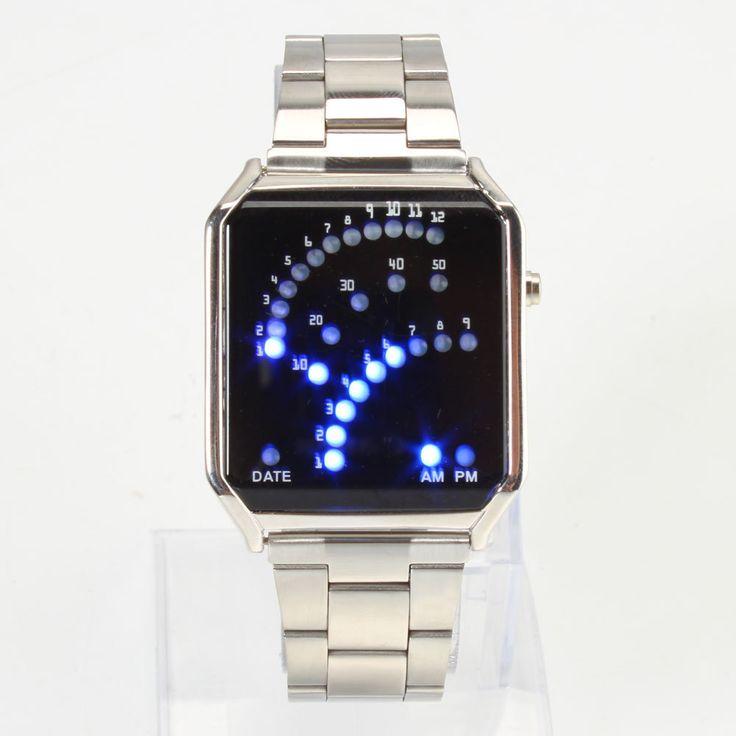 A mutatós órák ideje lejárt! Lépj be az idő új dimenziójába! 29 darab szuper fényes piros és kék színű LED mutatja számunkra a dátumot és az időt. Egyszerű gombnyomásra megjelenítésre kerül az idő, a dátum kijelzése pedig akkor történik meg, ha újra megnyomjuk a gombot. Rozsdamentes acél óraház. A LEDes fényereje beállítható. Súly: 88 g. 12 db kék, és 5 db piros LEDes található a kijelzőn. A www.partyfashion.eu oldalon rendelhető meg ez a divatos karóra.