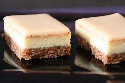 Ostekake med dulce de leche(karamellsaus)