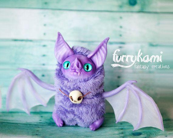 MADE TO ORDER vleermuis kunst speelgoed van Furrykami op Etsy