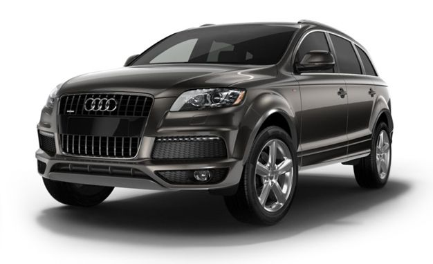 Audi Q7 Reviews - Audi Q7 Price, Photos, and Specs - Car and Driver