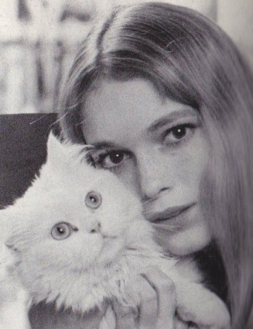 mia farrow; I really want to get photo's done with baby...I had a picture done when I was a toddler when my hymalayan....