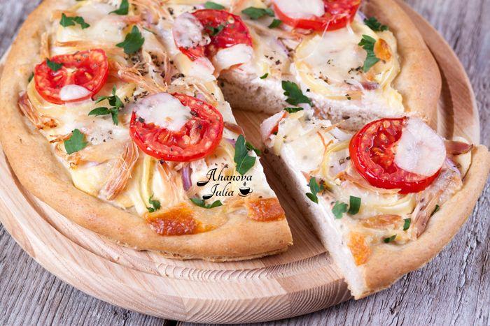 Спасибо Инне innagenne за рецепт теста от Джейми Оливера. Я всегда готовлю тесто на пиццу по этому рецепту и ему не изменяю, но в этот раз решила попробовать и не…