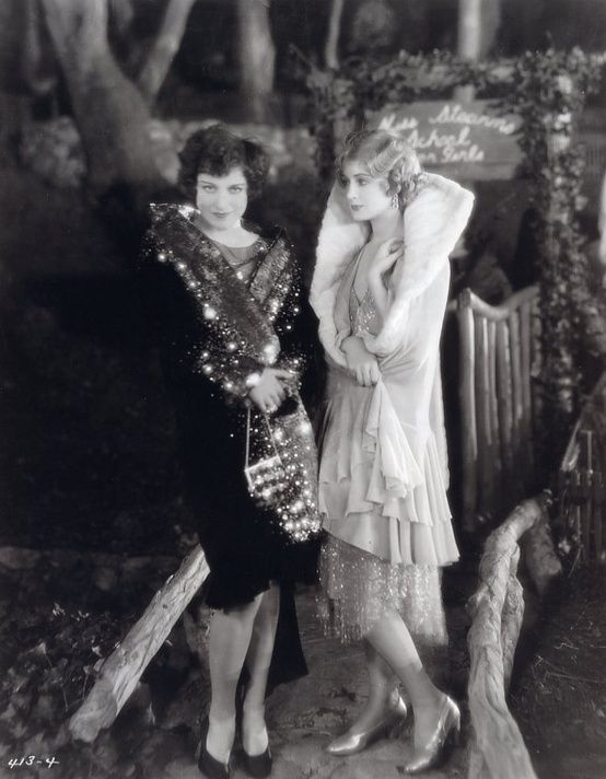 Flapper girls, 1920s ..If I could travel back in time I would want to go to the 1920's. Love how they dressed!