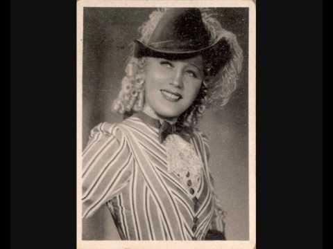 "Erna Sack sings Glühwürmchen-Idyll from the operetta ""Lysistrata"""