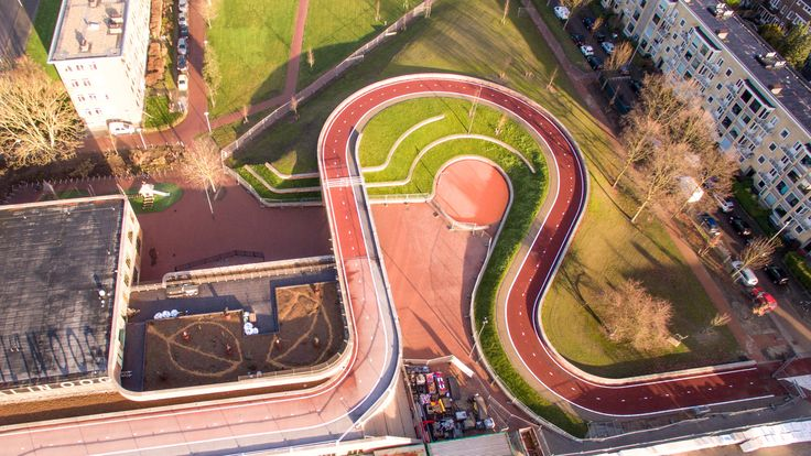 https://www.dezeen.com/2017/04/13/next-architects-rudy-uytenhaak-architectenbureau-red-cycle-path-dafne-schippers-bridge-utrecht/?utm_source=facebook.com