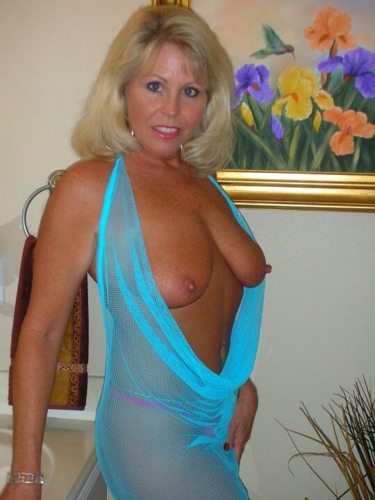 diana-post-granny-mature-fuck-a-small-girl