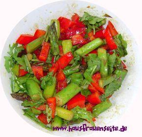 grüner Spargelsalat unser leckerer, grüner Spargelsalat wird mit gebratenem Spargel zubereitet vegetarisch vegan laktosefrei glutenfrei
