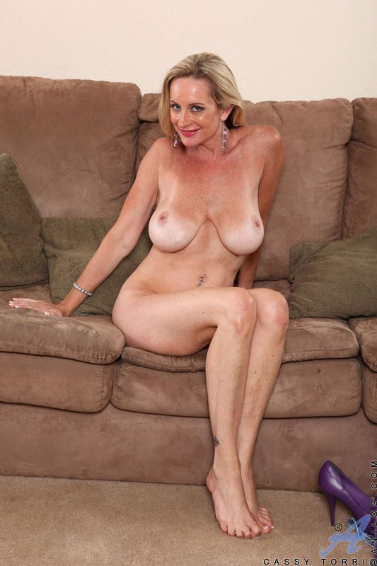 Mature hotties and tanlines