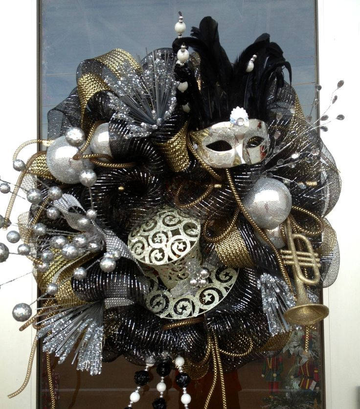 109 best Wreaths - New Years Wreath and Door Decor images ...