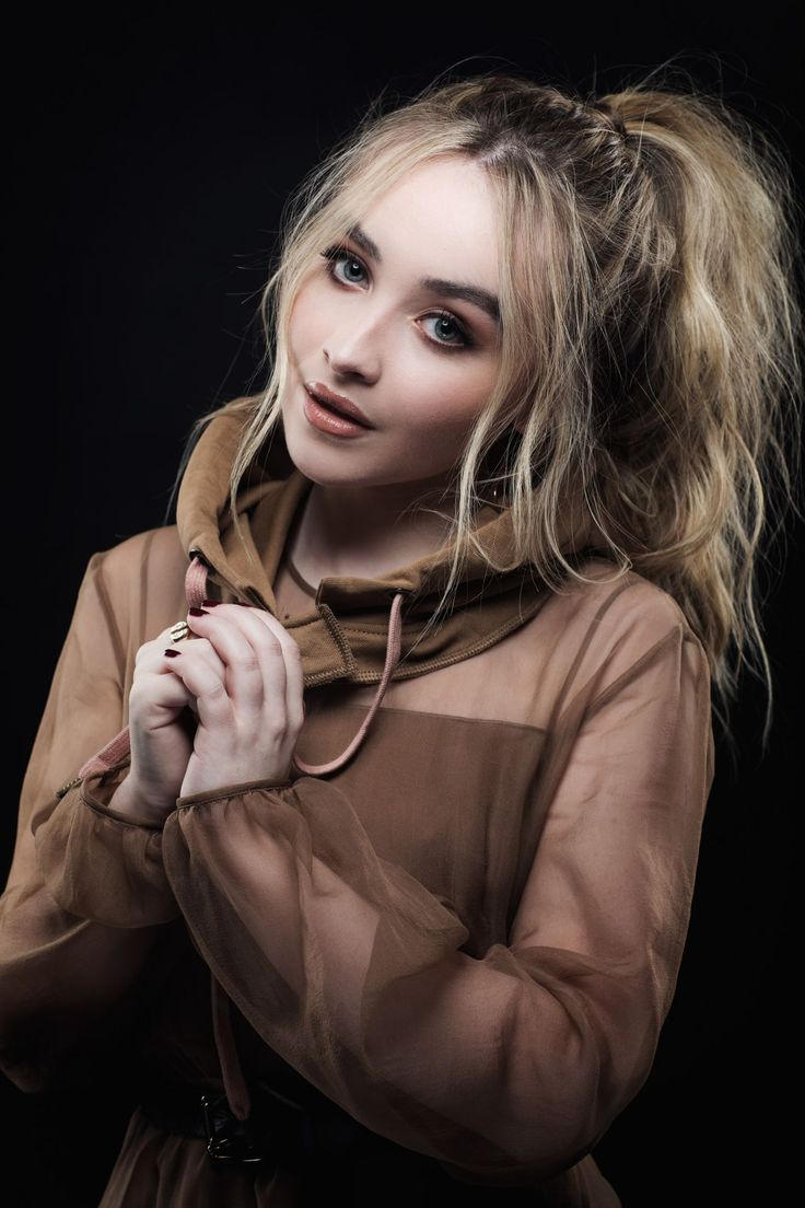 Sabrina Carpenter - Variety Hitmakers Portraits in Los Angeles 11/18/2017