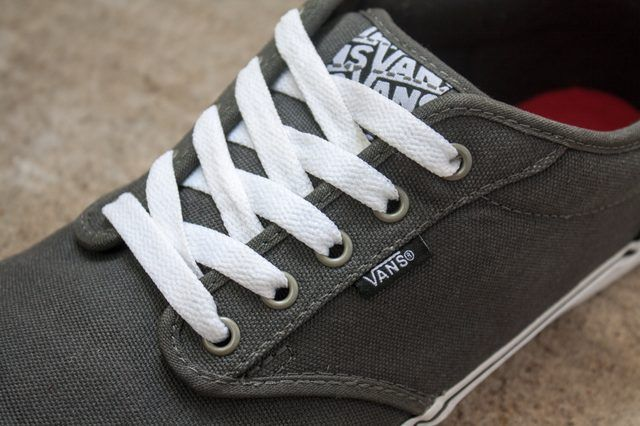 How to Lace Vans Classic