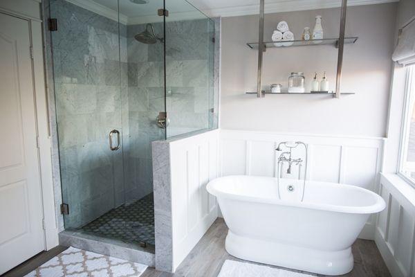 modern shower + soaker tub | Behind the Scenes of HGTV's Fixer Upper