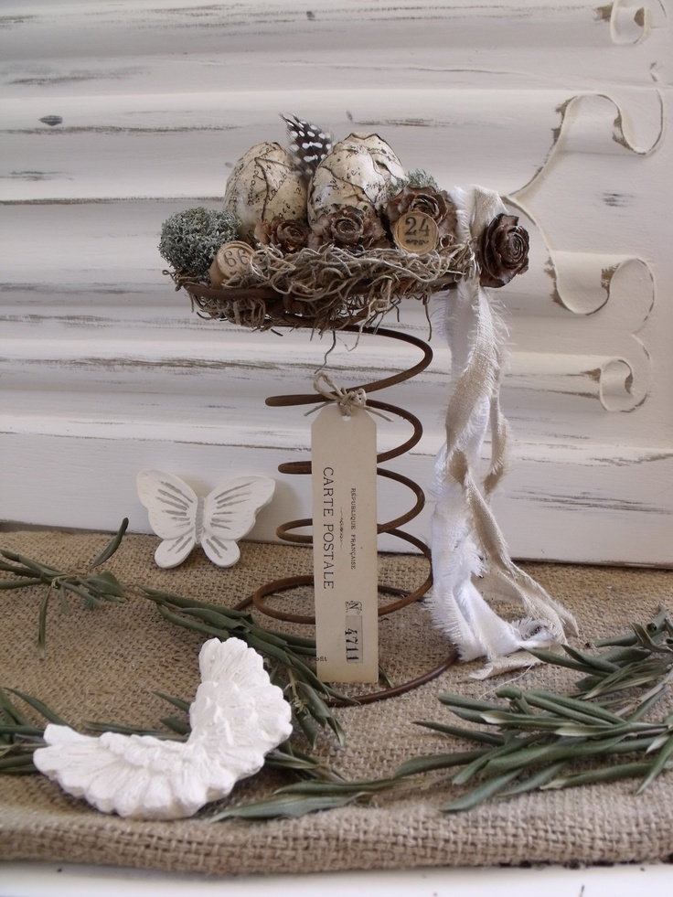 512 best easter rustic prim images on pinterest easter for Bed spring decoration