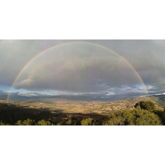 Arc de Sant Martí perfecte al #Pallars. #Montsec #Catalunyaexperience #Cataloniaexperience #Catalunya