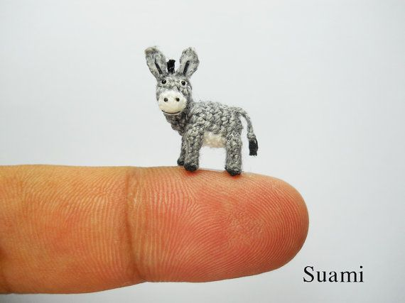 Burro miniatura 0,6 pulgadas - Micro Crochet animales - hechos a medida                                                                                                                                                      Más