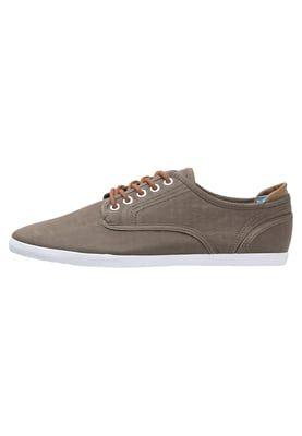 Chaussures de ville YOUR TURN Chaussures à lacets - oliv kaki: 25,00 €
