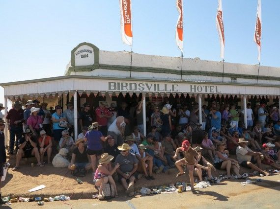 Experience a true blue Aussie pub at the Birdsville Hotel http://blog.queensland.com/2014/09/03/13-things-to-do-at-the-birdsville-races/ #thisisqueensland