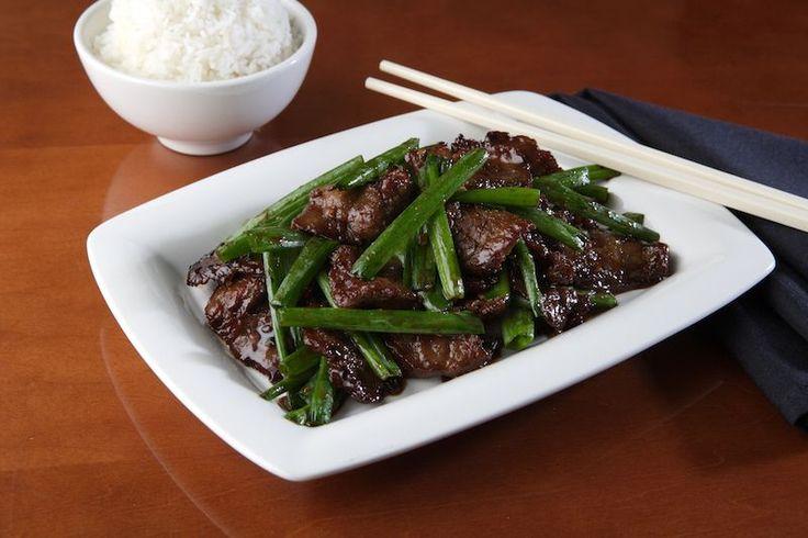 Week 5, Mongolië, Mongools Rundvlees   is een simpel maar toch smaakvol gerecht welk goed te combineren is met rijst. Ingrediënten : 3/4 kopje water 3 eetlepels sojasaus 1 theelepel chilivlokken 1 theelepel...