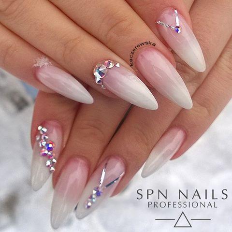 Natural acrylic nails design