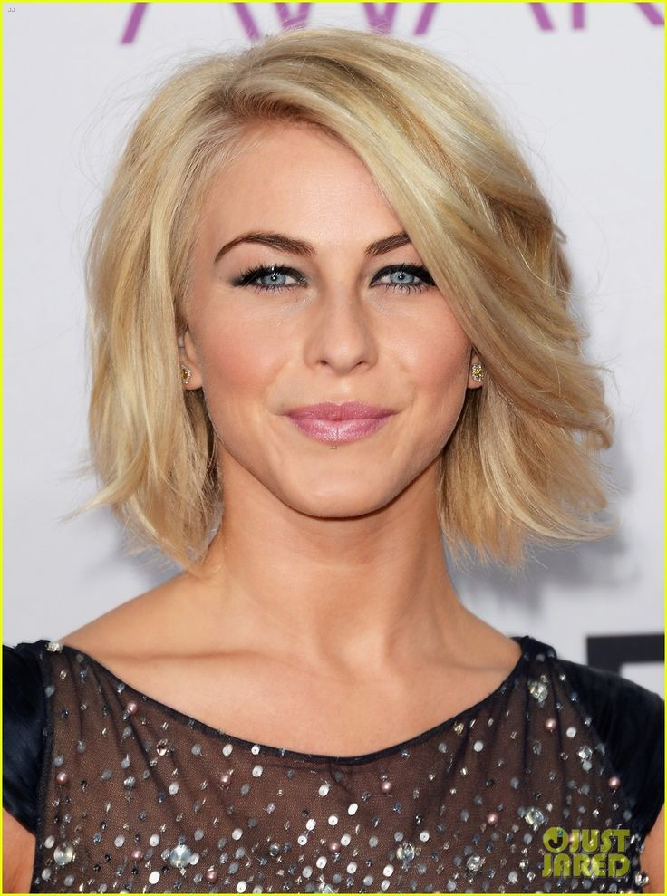 I love Julianne Hough's hair in her new film Safe Haven. Wish I could pull it off!