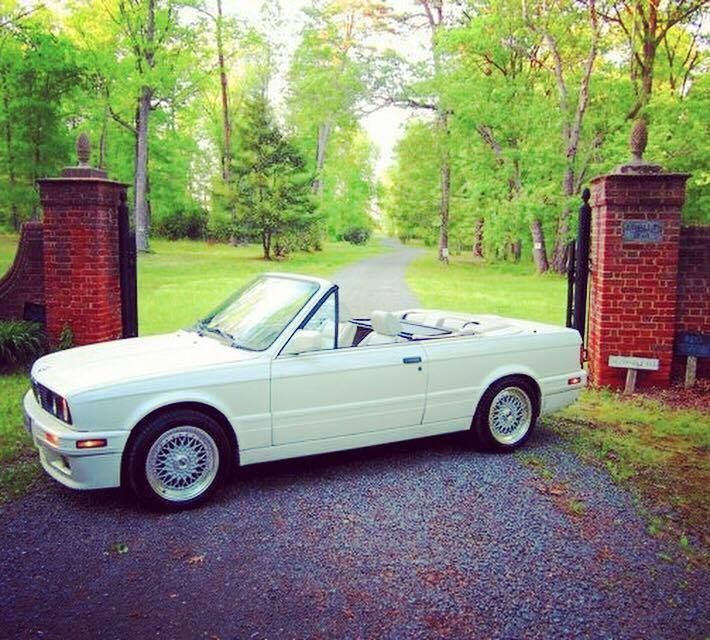 Nice Awesome 1992 BMW 3-Series M-technic BMW 325i 5spd E30 M-technic convertible 1992 great crazy low miles, no reserve! 2018 Check more at http://24auto.ga/2017/awesome-1992-bmw-3-series-m-technic-bmw-325i-5spd-e30-m-technic-convertible-1992-great-crazy-low-miles-no-reserve-2018/