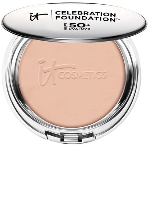 Oily skin or dry skin—it doesn't matter. These powder foundations do