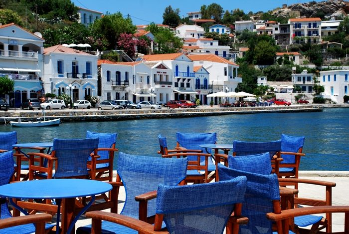 Ikaria island - Greeka.com | Greece | Greek islands A fresh orange juice, please!
