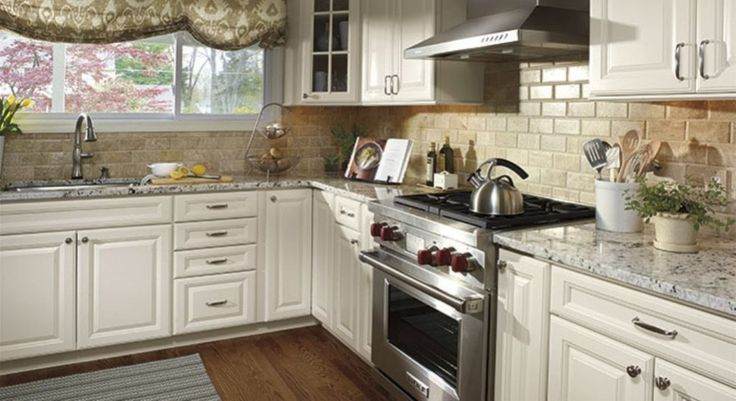 Backsplash ideas for white cabinets kitchen backsplash for 7 x 9 kitchen cabinets