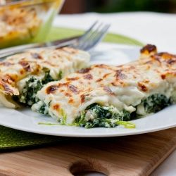 Cannelloni with Spinach Ricotta Filling - rich, decadent and just melts in your mouth - perfect accompaniment to my new blog design!
