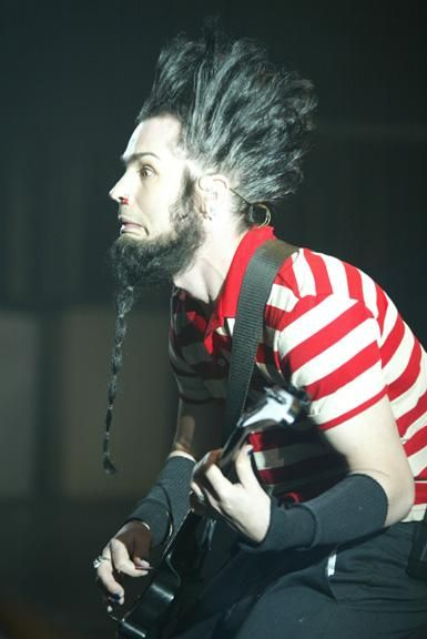 I'm absolutely devastated. RIP Wayne Static. One of my all time favorite human beings, a phenomenal musician. Truly heartbreaking, see you on the other side Wayne.