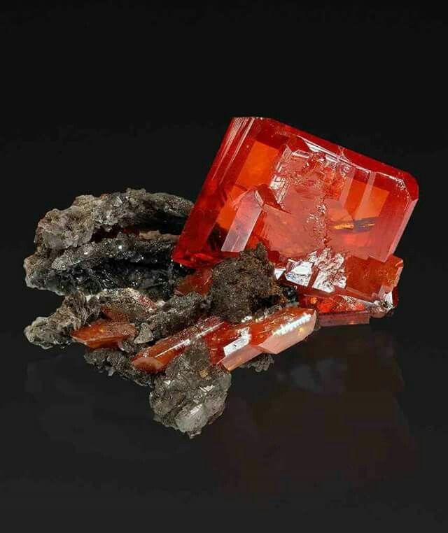Wulfenite | #Geology #GeologyPage #Mineral Chemical Formula: PbMoO4 Locality: Pure Potential Mine, Silver District, Trigo Mts, La Paz Co., Arizona, USA FOV: 17 mm Photo Copyright © Anton Watzl Jr. Geology Page www.geologypage.com
