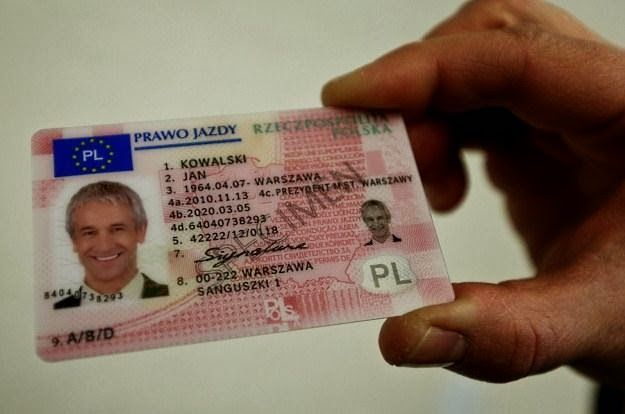 ELCAR-Gdyńska Szkoła Jazdy prawo jazdy : Ile czeka się na prawo jazdy po zdanym egzaminie p...